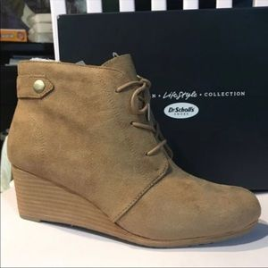 Dr. Scholl's Shoes - NWT Dr Scholls brown boots